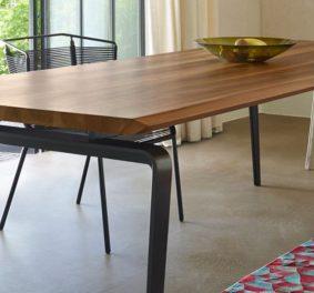 Table salle a manger : elle accueille vos convives avec style